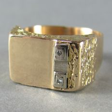 Hallmarked & Stamped  14K solid Gold Unisex Signet Ring with two Diamonds, 1920s-1940's
