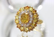 18 kt gold entourage ring set with yellow and white sapphires, size 54.