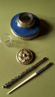 Inkwell in porcelain of Sèvre and bronze - 19th century - Signed by Paul Milet Sèvres + two penholders.