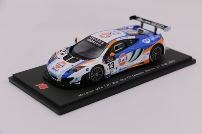 Spark - Scale 1/43 - McLaren MP4-12C City of Dreams