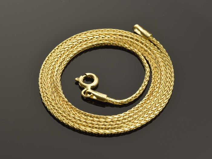 18k Gold Necklace. Chain - 50 cm. Weight 4.17 g. No reserve price.