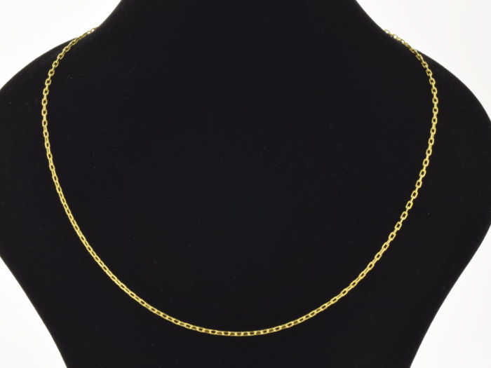 18k Gold Necklace. Chain - 50 cm. Weight 3.01 g. No reserve price.