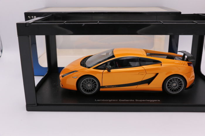 Autoart Scale 1 18 Lamborghini Gallardo Superleggera Colour
