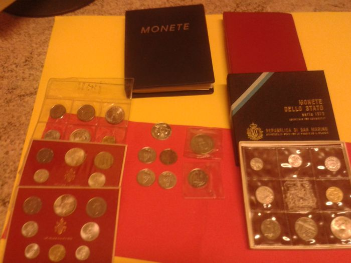 Italy - Vatican - San Marino - 40 coins including  silver + 2 containers with 206 coins