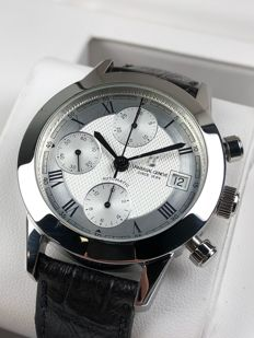 Universal Genève Compax Chronograph Automatic 898.290 watch