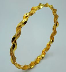 22 Ct Gold Helix Bangle  ,New (Unused)