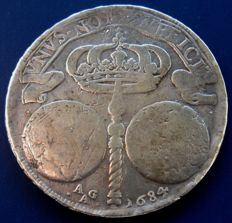 Kingdom of Naples – Ducato 1684 Carlo II – Silver