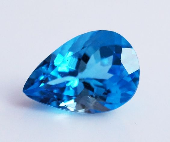 Swiss Topaz - Blue - 5.19 ct