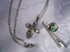 Set vintage ring, poison ring and chain with pendant both abalone, solid silver, unique piece.