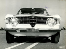 Alfa Romeo Giulia Sprint G.T  & Giulitta Berlina  original press photographs