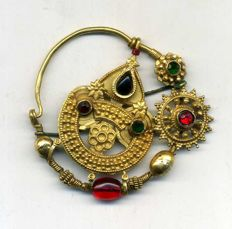 22 kt gold nose ring from India - mid XXth c.