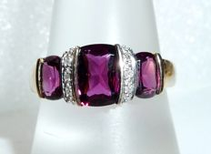 Ring 14 kt / 585 gold with 4 ct natural rhodolith + 6 diamonds 0.06 ct ring size 59-60 / 18.7-19.1 mm