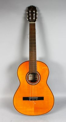A VICENTE SANCHIS GUITAR Model 31
