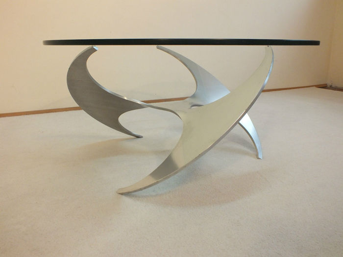 Knut Hesterberg for Ronald Schmitt - sculptured designer coffee table, model 9009
