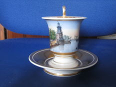 Empire cabinet Cup and saucer with a polychrome Amsterdam cityscape