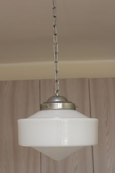 Unknown designer - Pendant light in chrome-plated steel and opaline glass