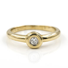 Yellow gold 18 kt - Solitaire ring - Brilliant cut central diamond 0.15 ct - Cocktail ring size 13 (Spain)
