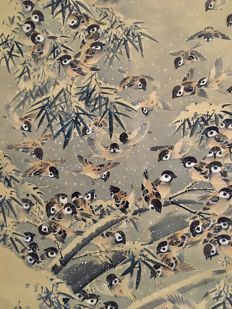 """Many sparrows"" Large, very beautiful scroll painting on cloth (207cm) sealed and signed Kozan 廣山 - Japan - ca. 1920"