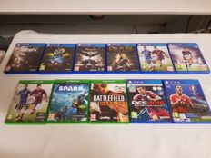 8 Playstation 4 and 3 Xbox One games!
