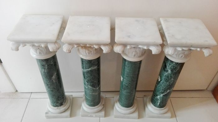 4 beautiful green and white marble columns - Italy - 19th century