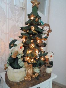 Christmas tree with lights in polystone material