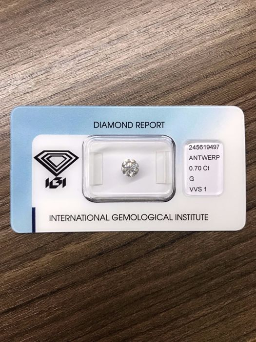 Natural diamond with IGI certificate, 0.70 ct G, VVS1 - blister- brilliant round