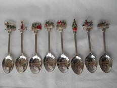 8 silver-plated teaspoons Merry Christmas