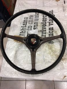 Steering wheel with horn button for Porsche 356 B or C