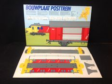 Paper models; Lot with 8 paper models of trains and wagons of the Nederlandse Spoorwegen - n.d.