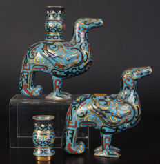 A set of cloisonné, archaic perfume holders - China - early 20th century (Republic period)