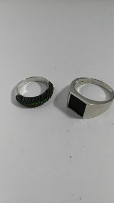 Two 925 silver rings with Swarovski and onyx. No reserve price.