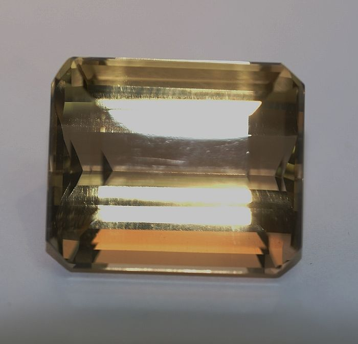 Smoky Quartz ,brown  169.98 ct