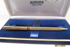 Vintage 'Aurora' fountain pen in solid 925 vermeil silver and 'brown' enamels In very good condition