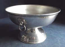 Georgian Style Bowl with handles shaped as lion's head, richly decorated c. 1950