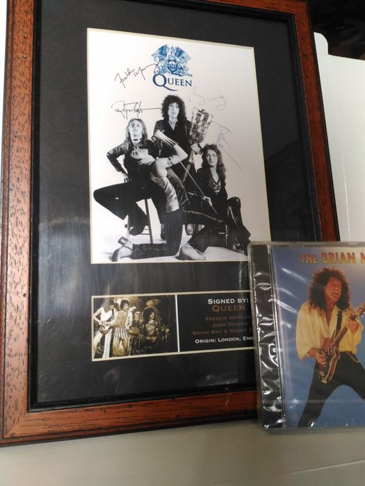 Beautiful Queen Memorabilia (Photo Signed Autograph Reprinted) + Brian May - Live at the Brixton Academy (CD Sealed) - Rare to find it new and sealed