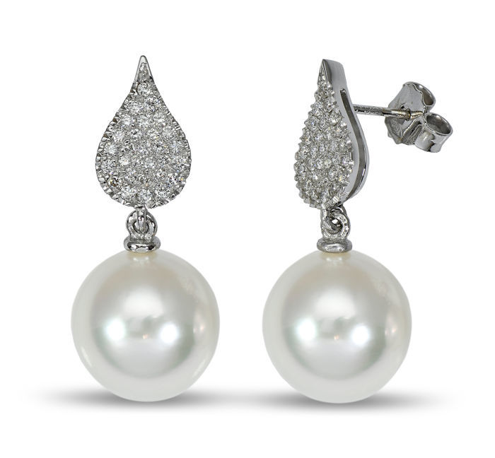18K White Gold Earrings Featuring 0.52Ct VS G Diamonds and Lustrous South Sea Pearls - Authenticity Certificate Included