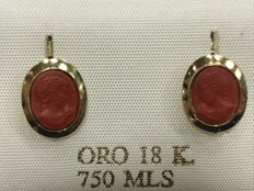 Earrings in 18 kt gold and Sardinian coral - Cameo Measurements: Length 11 mm and width 7 mm