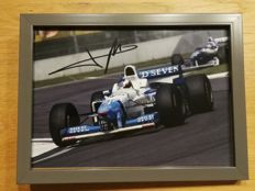 Jean Alesi / F1 / Hand-signed / 13 x 18 cm / Framed