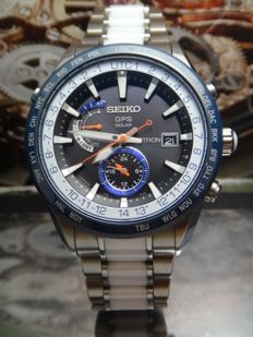 Seiko - Astron GPS Satellite - TITANIUM/CERAMIC - Limited Edition 1200pcs Men's Watch 2000-2010