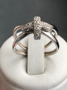18 kt white gold ring with diamonds - size 53/16.79 mm **NO RESERVE PRICE**