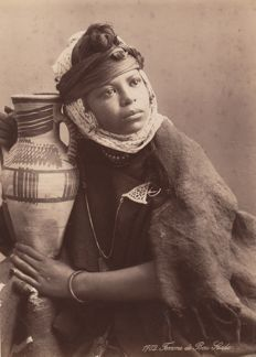 Unknown (19th century) - Portrait of a woman from Bou Saada, Algeria