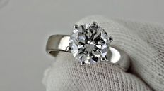 AIG 2.04 ct E/VS2 round diamond ring made of 14 kt white gold - size 7