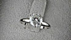 1.21  ct  round diamond ring made of 14 kt white gold  *** NO RESERVE PRICE ***