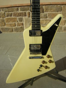 Gibson Explorer Synth Custom Shop 1985