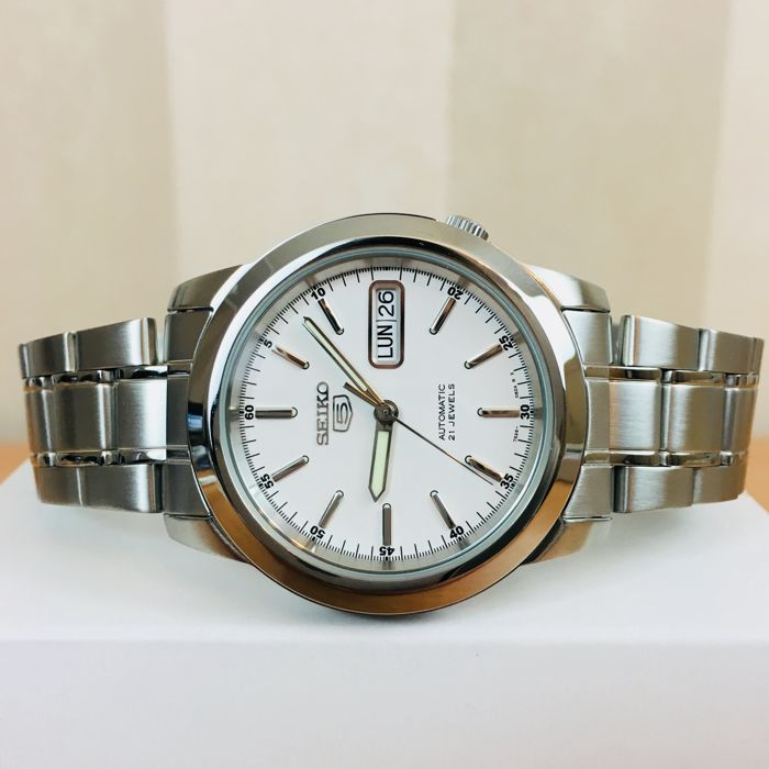 c331aadd2 SEIKO 5 – Men's Automatic Wrist Watch - Catawiki