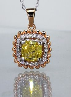 Pendant, white with 0.70 ct fancy deep yellowish colour diamond & 0.20 ct white diamonds