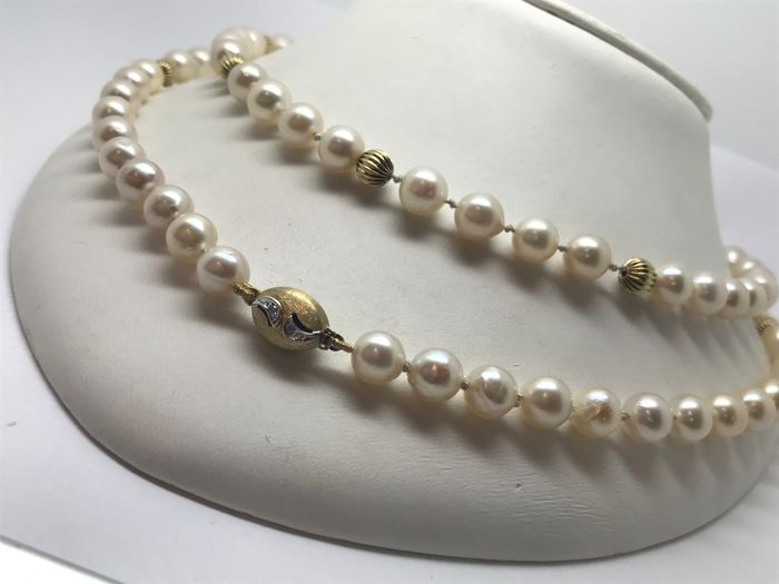 Pearl necklace approx. 7.8 mm in diameter with pearls & gold wire beads - length 85 cm