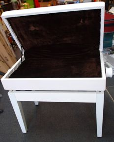 Piano bench with hatch and stepless height adjustment