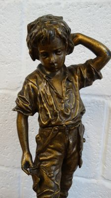 Charles Anfrie (1833-1905) - Un accident - bronze statue of a boy -France - 2nd half of 19th century