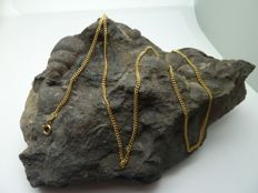Curb chain in 18 kt gold - 50 cm